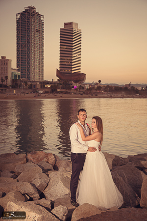 Barcelona post wedding photo shoot