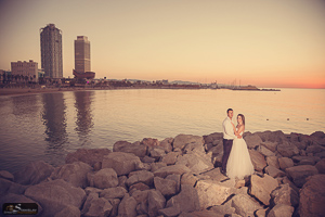 Barcelona pre wedding photo session