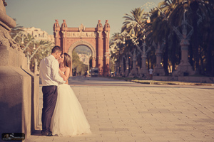 After wedding photo session in Barcelona