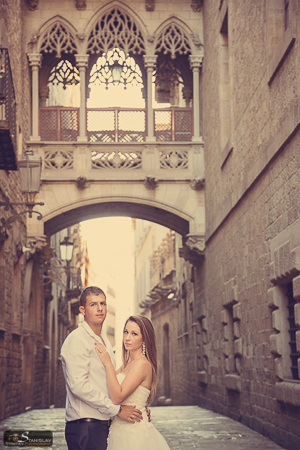 Barcelona trash the dress photography