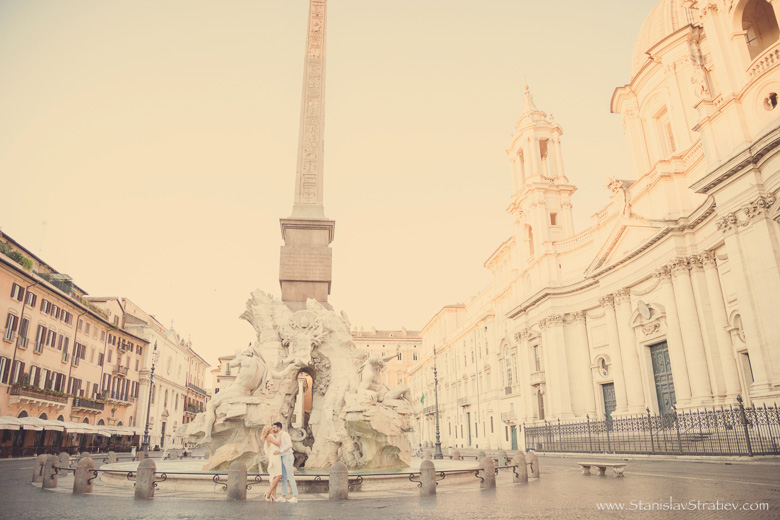 Photoshoot Piazza Navona in Rome